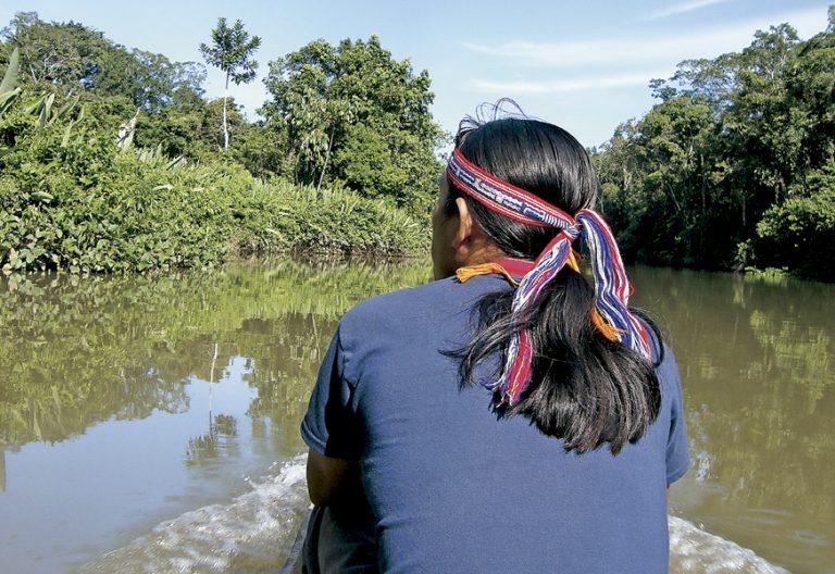 indígenas pueblos originarios en la Amazonía