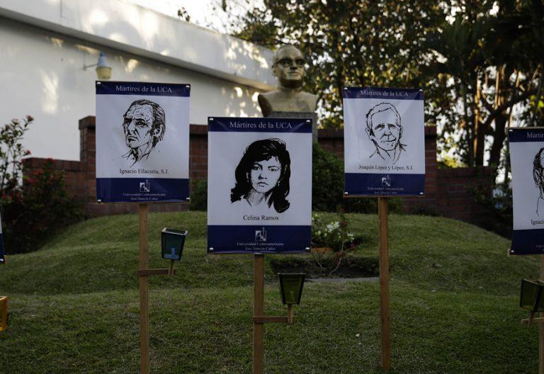 imágenes de los mártires de la UCA jesuitas asesinados en El Salvador 1989