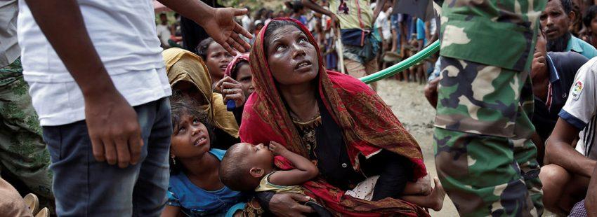 minorías rohingya en un campo de refugiados en Bangladesh, huidos de Myanmar