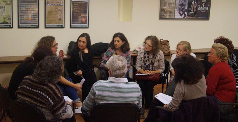 Miembros de la Asociación de Teólogas españolas durante una reunión en las jornadas celebradas en Madrid en 2016