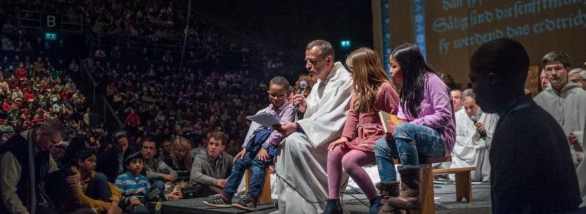 El hermano Alois de Taizé, en el encuentro de jóvenes de Basilea 2017