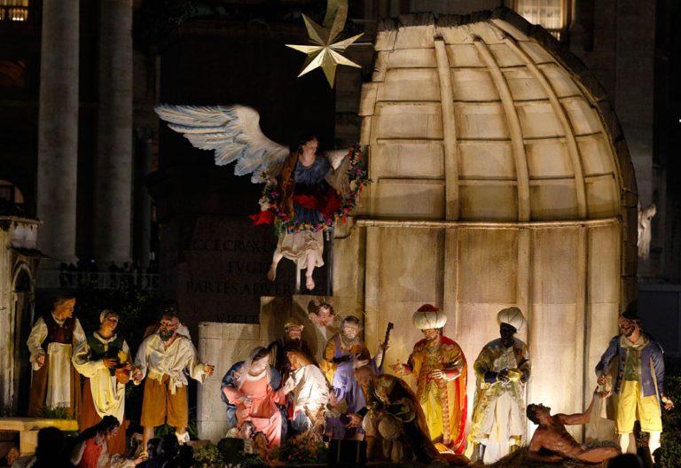 decoración belén y árbol de Navidad en el Vaticano 2017