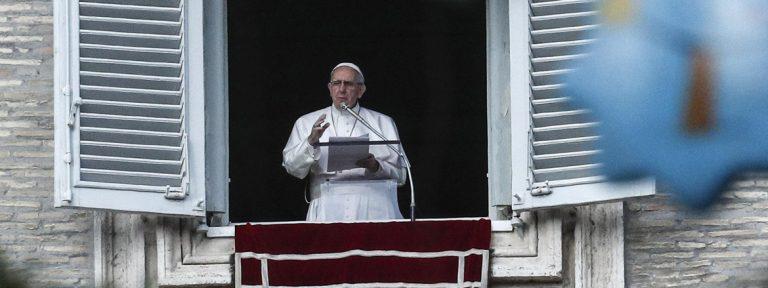 papa Francisco ángelus Plaza de San Pedro domingo 10 diciembre 2017