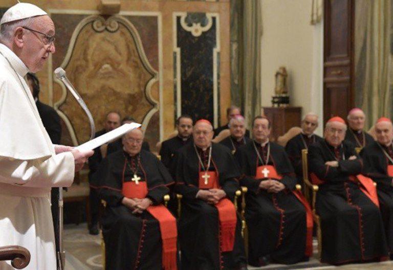 papa Francisco encuentro con la Curia romana 21 diciembre Navidad 2017