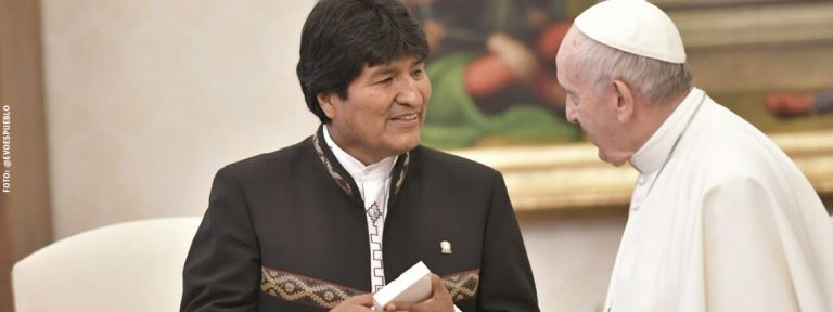 papa Francisco con Evo Morales presidente de Bolivia encuentro Vaticano diciembre 2017