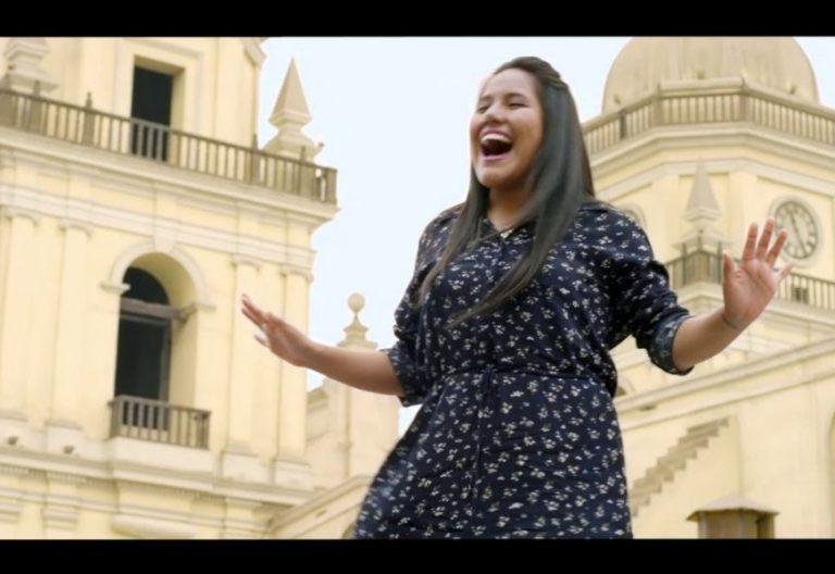 Escena del videoclip del himno del viaje del Papa Francisco a Perú
