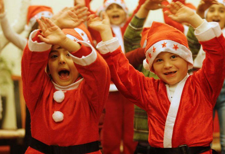 Niños de Irak en una misa de Navidad