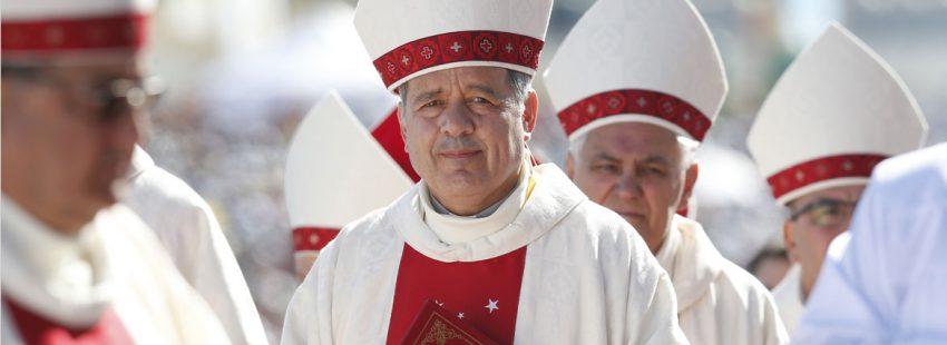 Juan Barros, obispo de Osoro, Chile acusado de encubrir casos de abusos