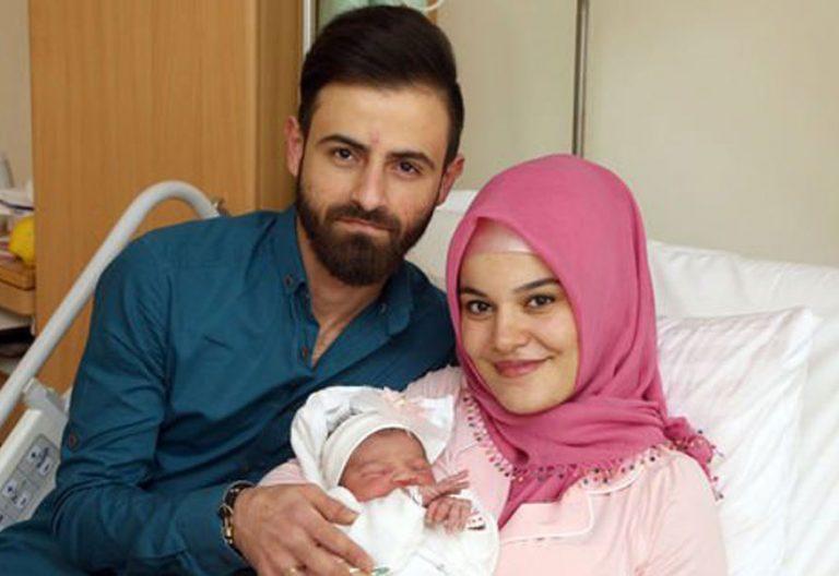 primer bebé nacido en Austria en 2018 desata campañas xenófobas