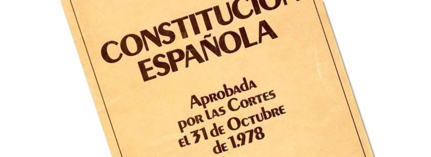 constitución española portada aprobada 1978