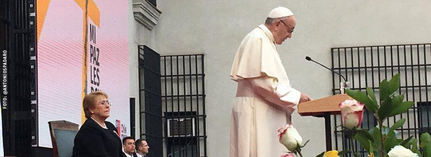 papa Francisco viaje a Chile encuentro con las autoridades civiles 16 enero 2018