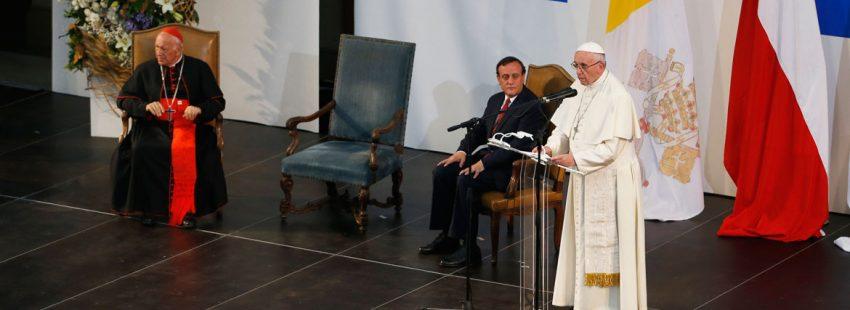 papa Francisco viaje a Chile visita Pontificia Universidad Católica 17 enero 2018