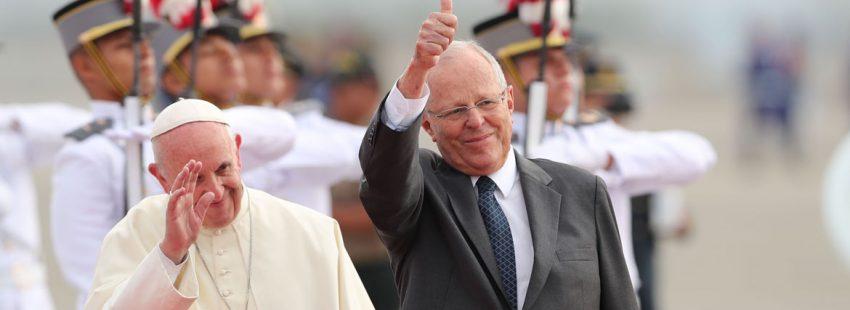 papa Francisco llega a Perú con el presidente Pedro Pablo Kuczynski 18 enero 2018