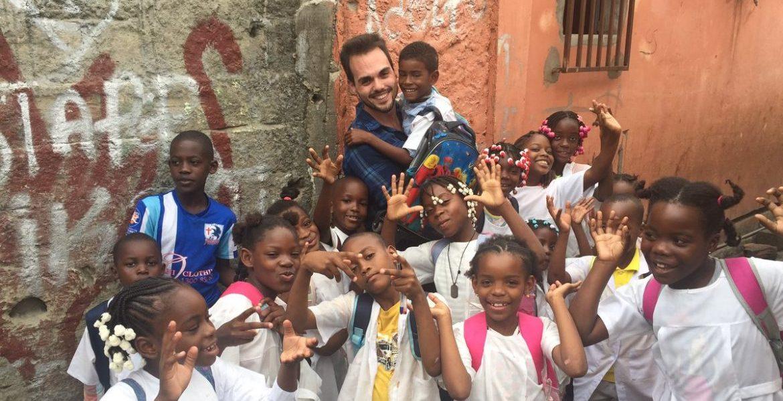 Misioneros por el Mundo, TRECE TV