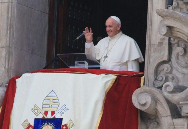 El Papa, durante el Ángelus celebrado en Lima, Perú/EFE