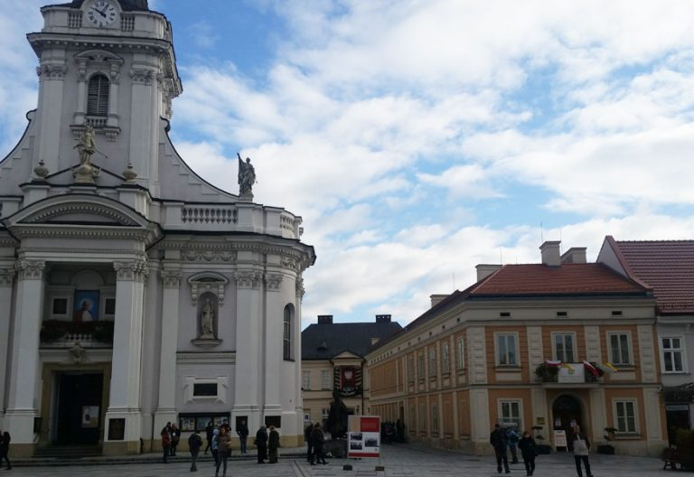 Wadowice, basílica y museo-casa natal de Juan Pablo II