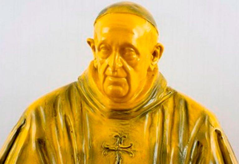 Busto del papa Francisco realizado por el escultor Giuseppe Ducrot
