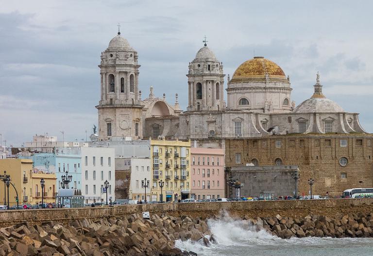 La diócesis de cádiz presenta la exposición Traslatio Sede en la catedral gaditana