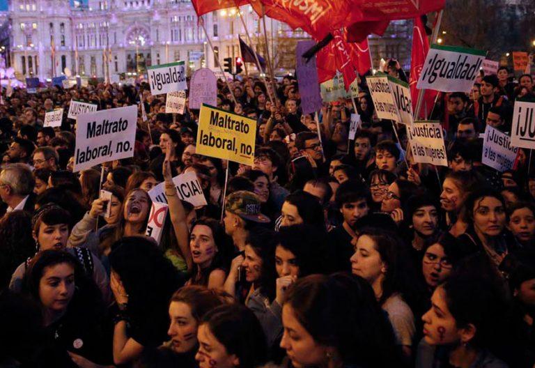 protesta en madrid dia internacional de la mujer trabajadora 8 de marzo
