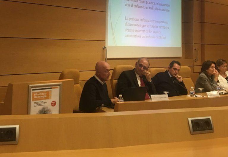 Presentación del libro de bioética de José Ramón Amor Pan en la Fundación Pablo VI