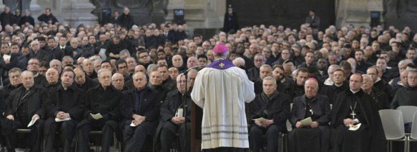 El papa Francisco durante su encuentro con los párrocos de Roma en San Juan de Letrán el 16 de febrero de 2018
