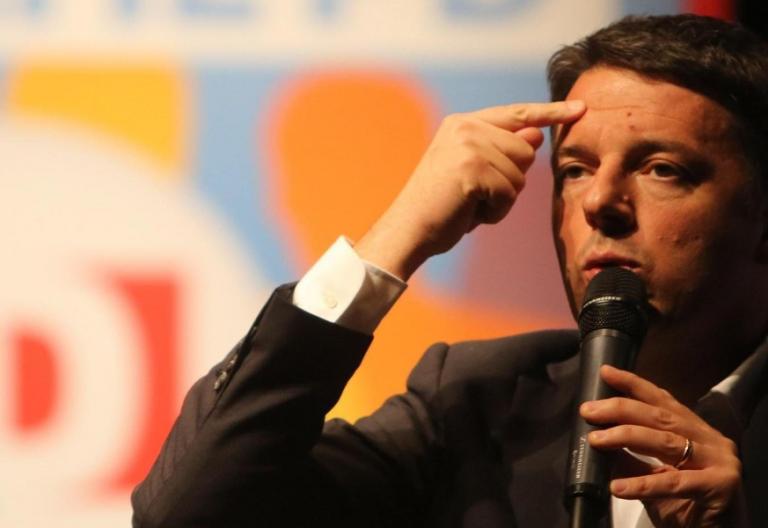 Matteo Renzi pide el voto Católico en Italia