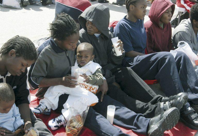 mujeres subsaharianas en situación vulnerable con sus hijos red apoyo proyecto odos