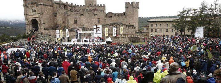 Imagen de las Javieradas de marzo de 2018, tomada en la explanada del castillo de Javier