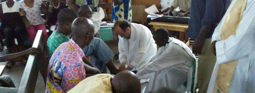 Juan José Aguirre celebra el Jueves Santo en el hospital de Bangui
