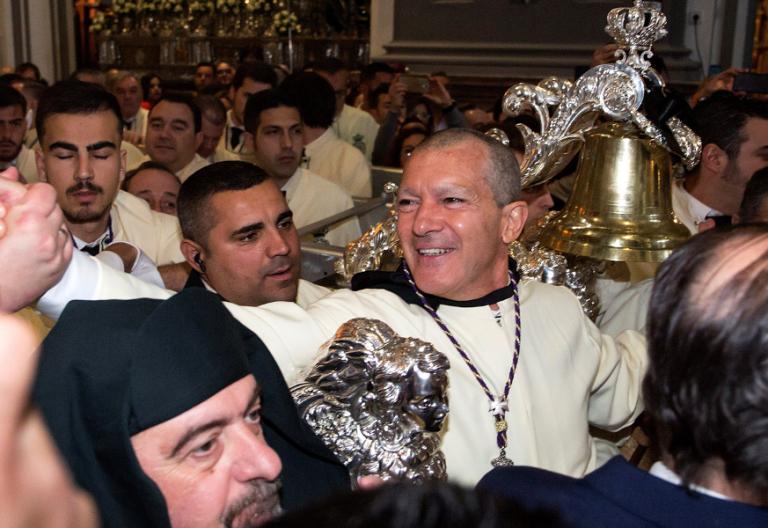 La Semana Santa fue la puerta que utilizó Antonio Bandras para volver a la Iglesia