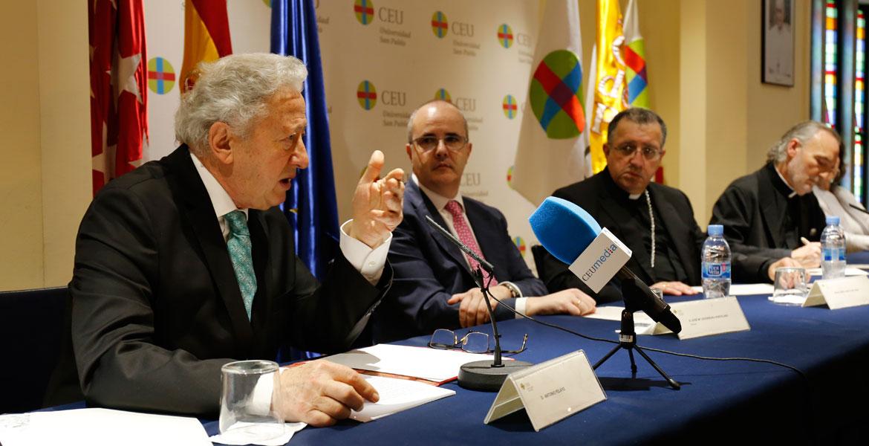 Antonio Pelayo, en la inauguración de las VIII Jornadas Prensa e Iglesia, organizadas por el CEU e Madrid, el 8 de marzo de 2018