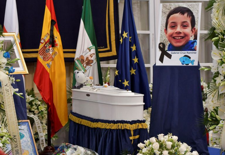 Capilla ardiente del niño Gabriel Cruz en la Diputación de Almería, por donde desfilaron miles de almerienses a lo largo del 13 de marzo