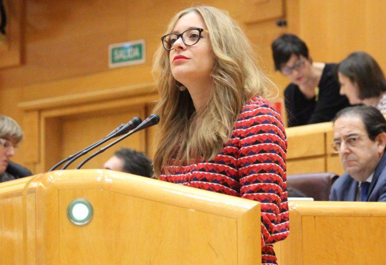 Esther Muñoz, la senadora popular que desbloquea la situación en el Valle de los Caídos