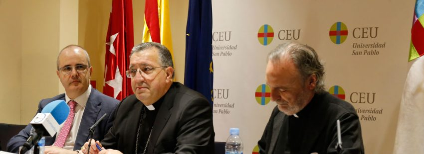 Ginés garcía Beltrán, en la inauguración de las VIII Jornadas Prensa e Igleisa, organziadas por el CEU e Madrid, el 8 de marzo de 2018