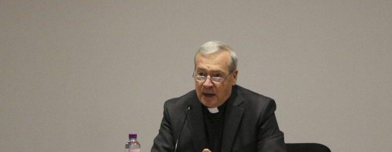 Agostino Marchetto, durante una conferencia en Sevilla