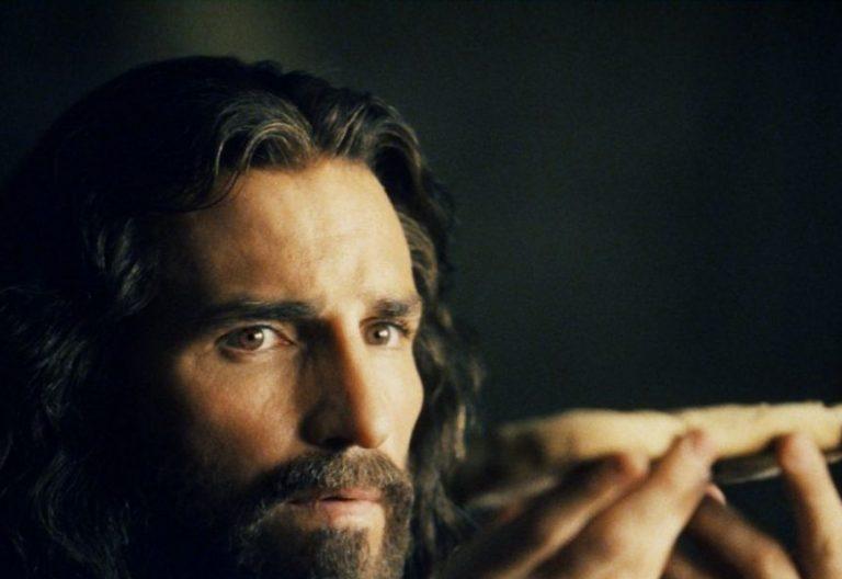 Escena de la última cena de Jesús en La Pasión de Mel Gibson