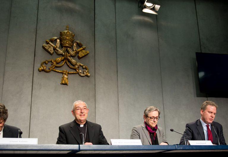 El vicario de Roma, Angelo de Donatis, presenta la exhortación apostólica 'Gaudete et exsultate'