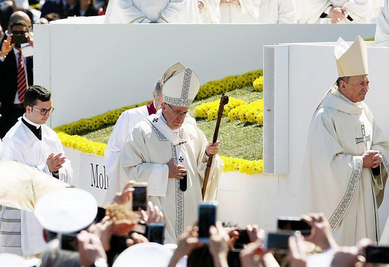 El Papa durante la Eucaristía en Molfetta