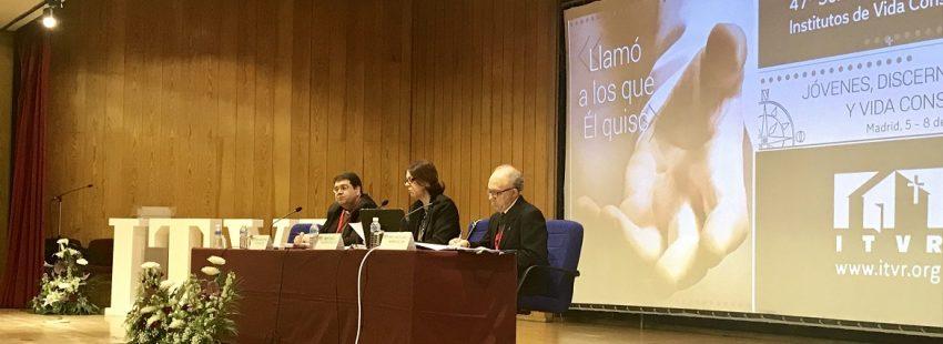 La profesora de la Universidad Pontificia Comillas Nurya Martínez-Gayol en la 47ª Semana Nacional para Institutos de Vida Consagrada