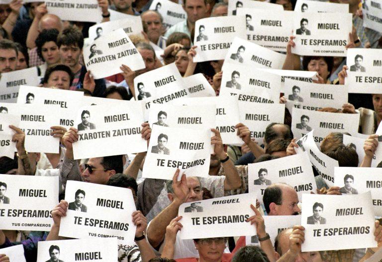 ETA Manifestación pidiendo que la banda libere a Miguel Ángel Blanco