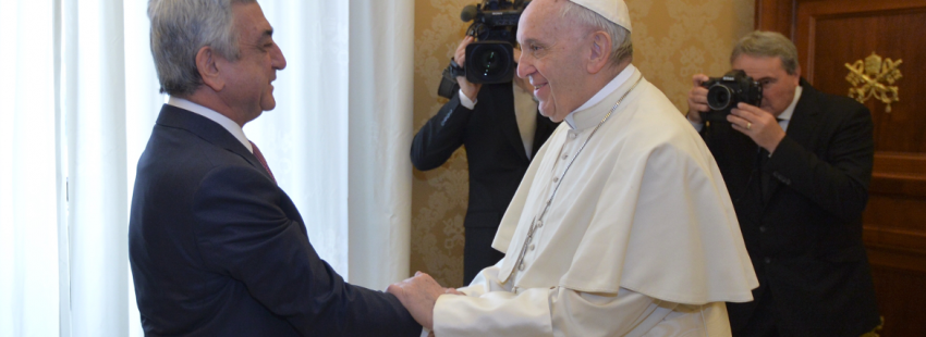 Francisco se encuentra, en audiencia privada con el presidente de la república de Armenia