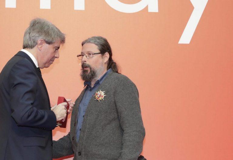 Agustín Rodríguez Teso recibe la Encomienda del 2 de mayo de la Comunidad de Madrid
