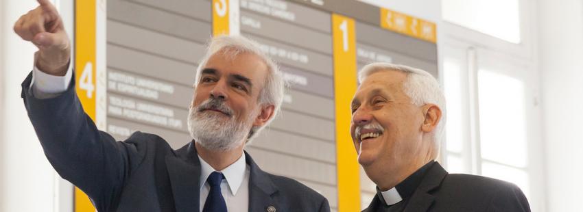 El padre general de los jesuitas, el venezolano Arturo Sosa