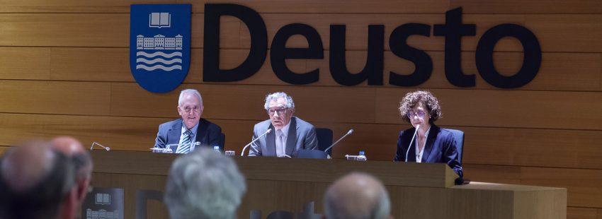 Carmén Bernabé presenta el primer máster oficial de Estudios Bíblicos en la Universidad de Deusto
