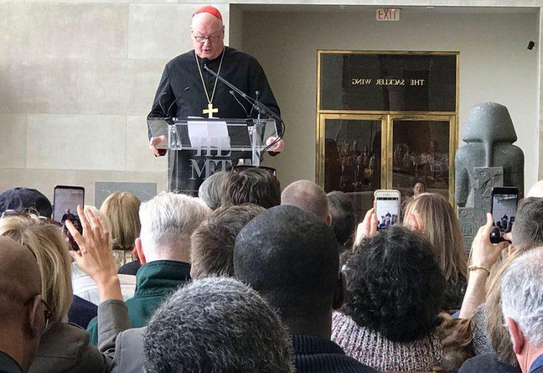 El cardenal arzobispo de Nueva York, Timothy Dolan, en la Gala MET