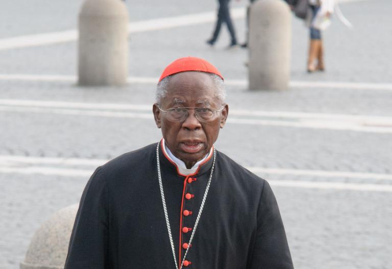 El cardenal nigeriano Francis Arinze