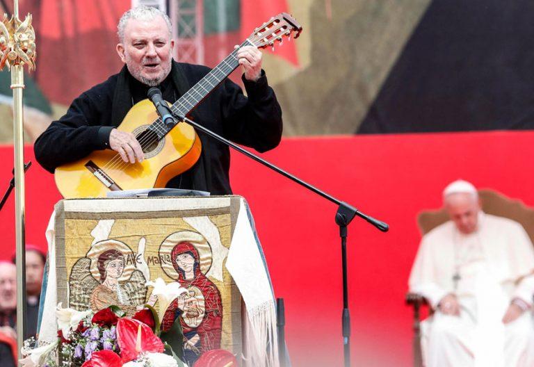 El papa Francisco preside el 5 de mayo de 2018, en Tor Vergata, los actos conmemorativos del 50º aniversario de la fundación, en Roma, del Camino Neocatecumenal
