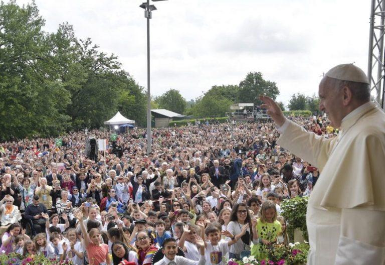 El papa Francisco con el Movimiento de los Focolares en Loppiano