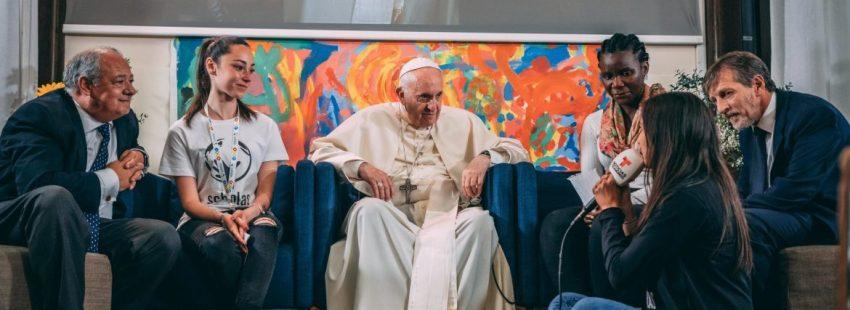 El Papa, con los jóvenes de Scholas Ocurrentes
