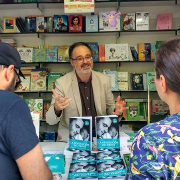 El sociólogo Fernando Vidal en la Feria del Libro de Madrid
